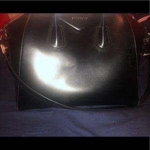Black large purse